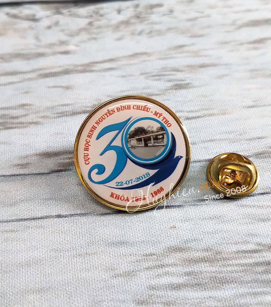 Huy hiệu đồng tròn 53